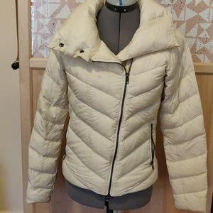 Patagonia Down Jacket XS Off White